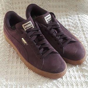 NWOB Women's Puma Sneakers Size 8.5